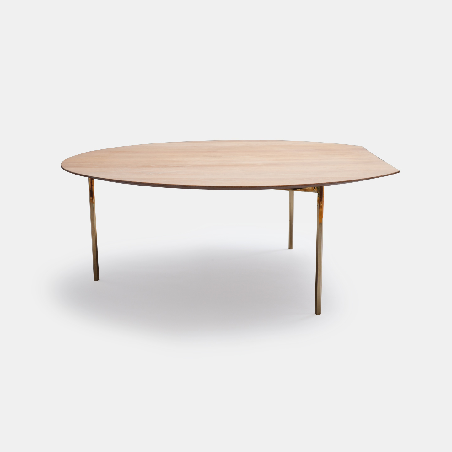 D Table